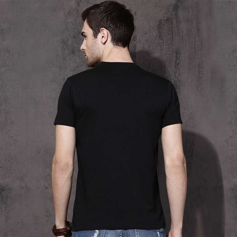 Ullash Black Men T-Shirt