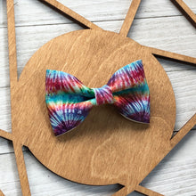 Load image into Gallery viewer, Bow Tie - Tie Dye