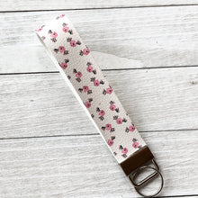 Load image into Gallery viewer, Key Fob Wristlet - Floral