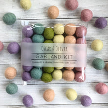Load image into Gallery viewer, Garland Kit - Spring