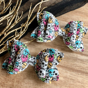 Double Bella Bow - Glitter Skulls