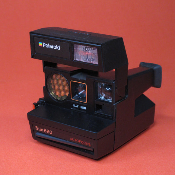 Sun 660 Auto Focus Polaroid Camera
