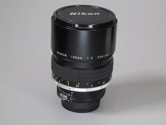 Nikon 135mm 1:2 MF/AIS NIKKOR