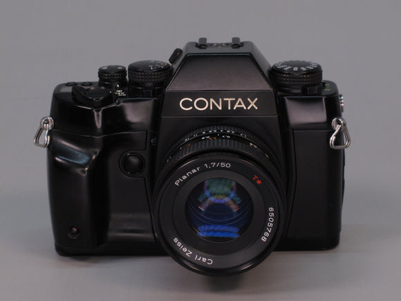 CONTAX RX Black with 50/1.7 ZEISS PLANAR Lens