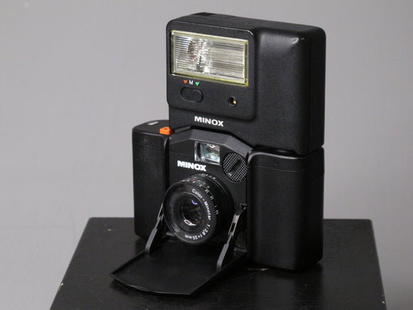 MINOX 35 GL 35mm camera with MINOX FC 35 Flash