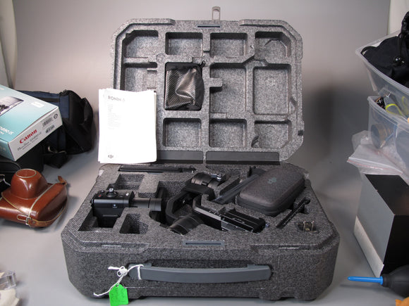 DJI Ronin-S Gimbal and DJI OSMO Smartphone Gimbal (FOR RENT)