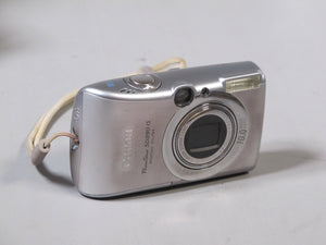 Canon Powershot SD890 IS Digital ELPH 10MP Camera
