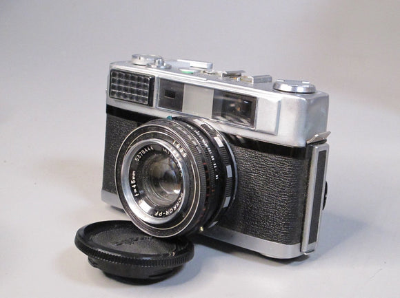 Minolta AL Camera with Rocker-PF 45MM F2 LENS