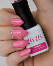 Afbeelding in Gallery-weergave laden, WellGel London Gel Nagellak, Flamingo 10 ml