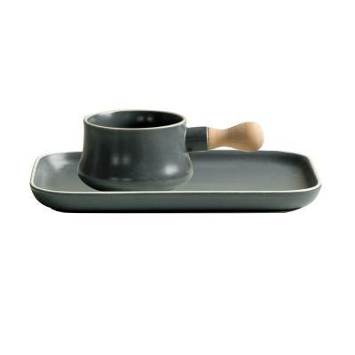 Airashi Ceramic Bowl and Plate Set