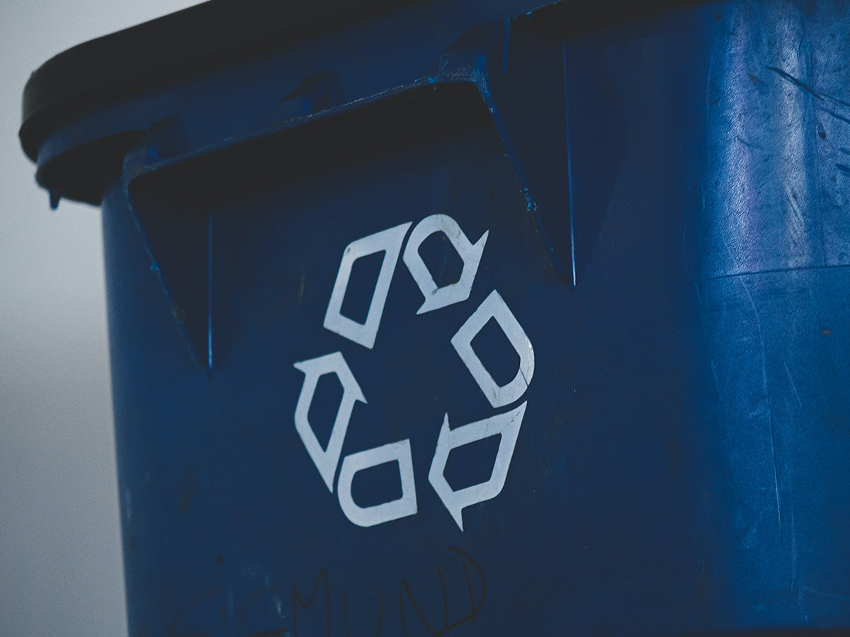 An image of a recycling sign.