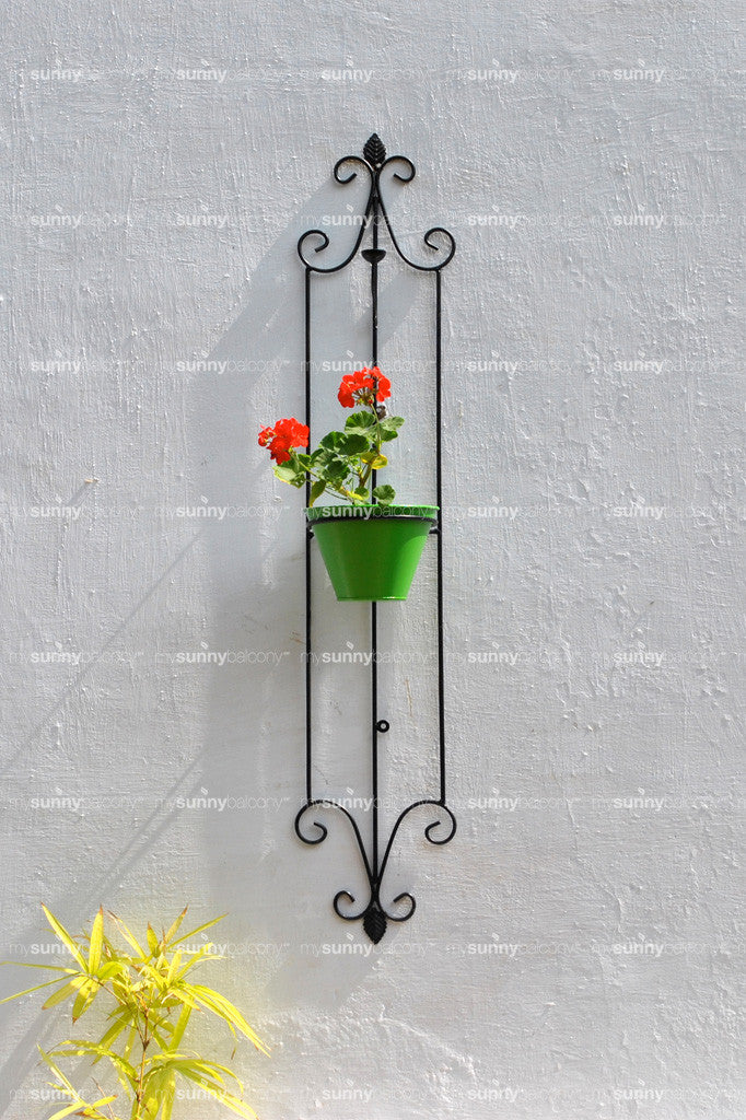 Wrought Iron Spanish Styled Vertical Wall Pot Holder with metal Pot - S