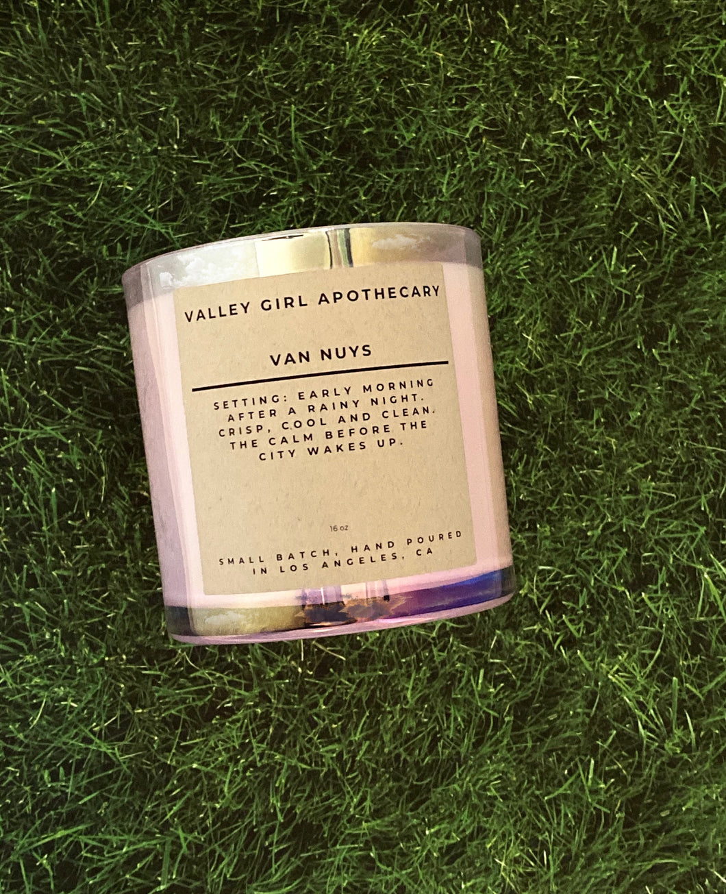 No. 10 - Van Nuys - Soy Wax Candle - Rainy Morning and Wet Grass