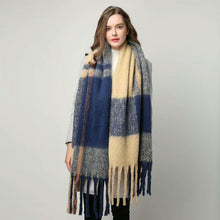 Load image into Gallery viewer, Plaid cashmere scarf