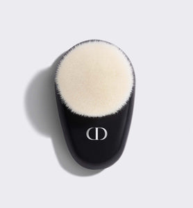 Dior Backstage Face Brush N°18