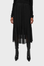 Load image into Gallery viewer, Black silky micro pleat maxi skirt2