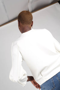 White sharp seamed sleeve top_3