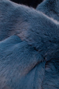 Bright blue thick faux fur tuck scarf2