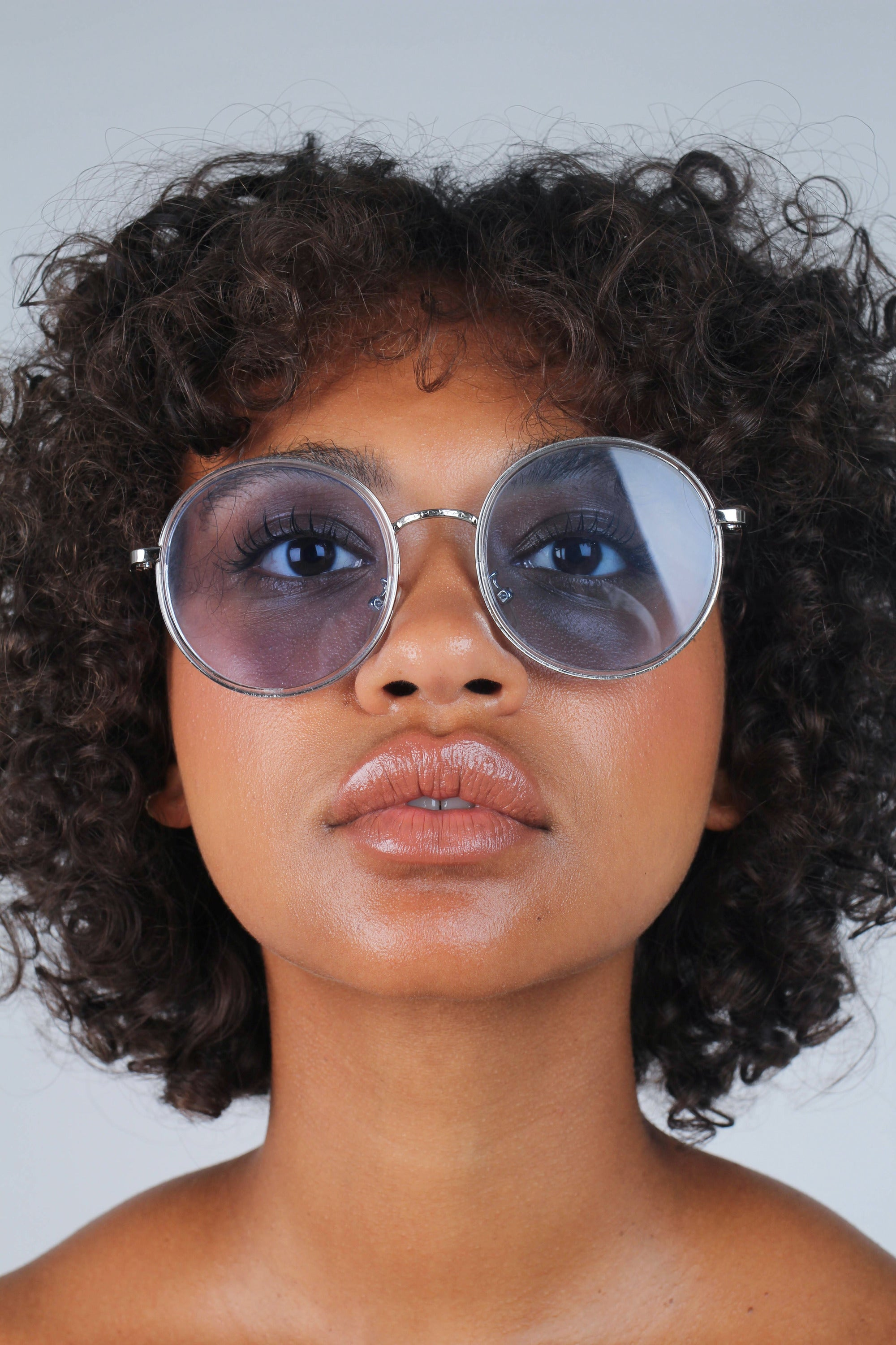 Blue clear frame rounded square sunglasses_2