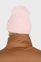 Load image into Gallery viewer, Pale pink mohair beanie hat2
