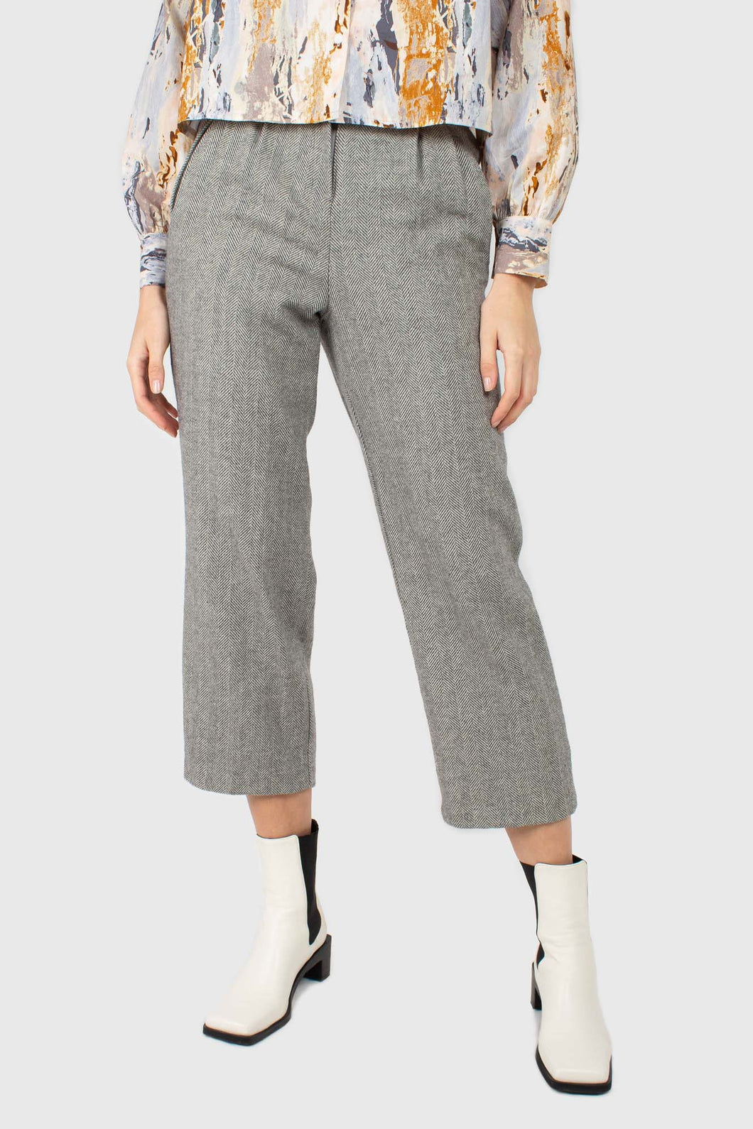 Grey herringbone belted wool trousers1