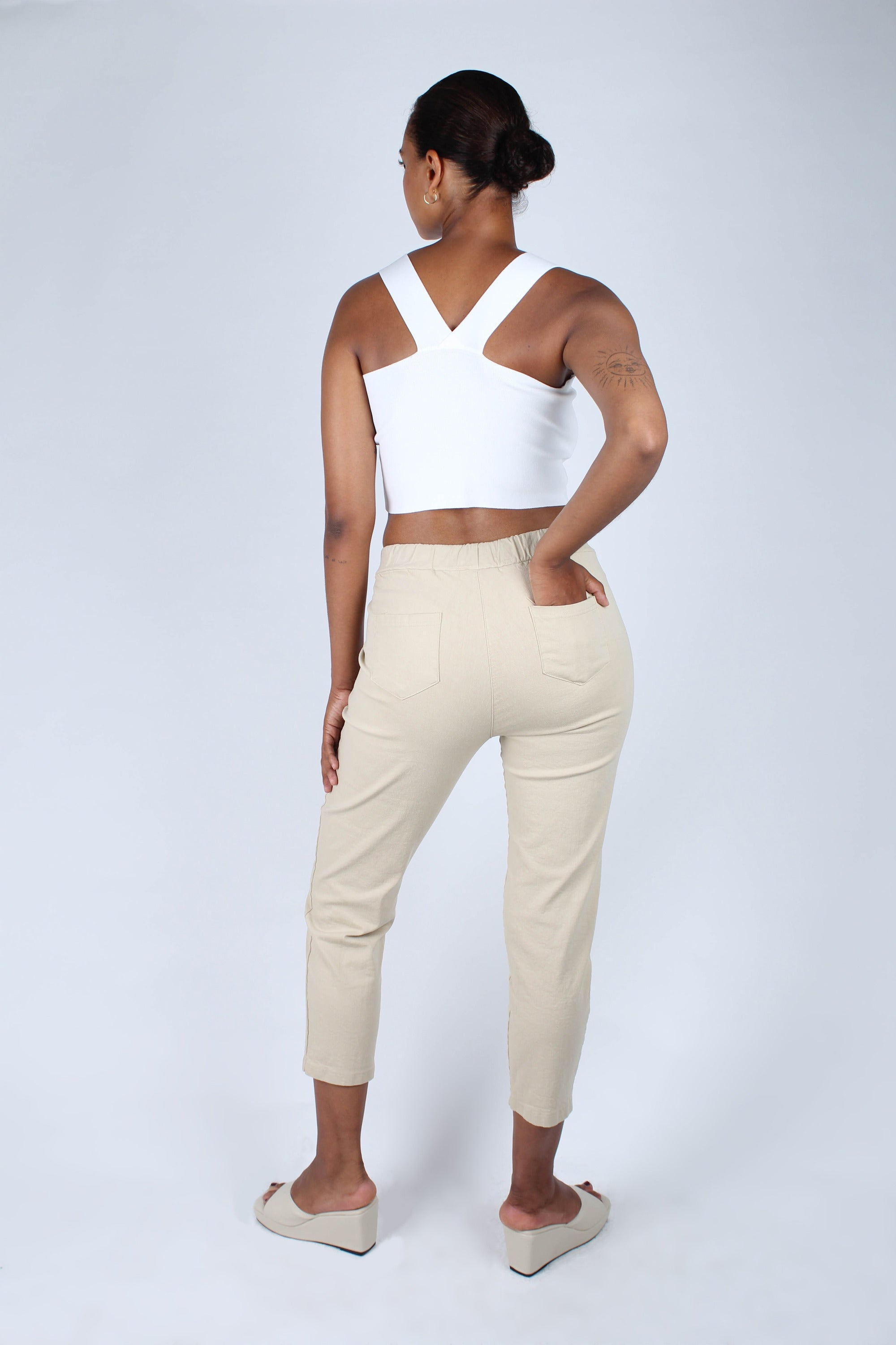 Beige dart front loose fit drawstring trousers_2