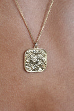 Load image into Gallery viewer, Charm necklace - Gold large square pendant_2