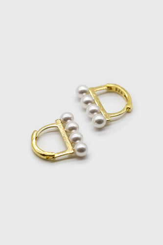 Gold small pearl D earrings1sx