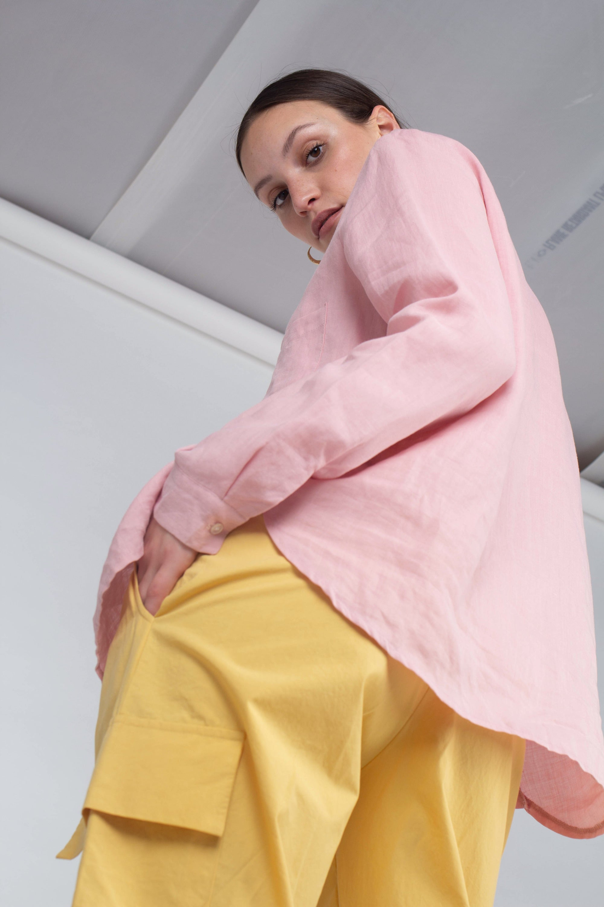 21145_Pale pink simple linen shirt_MCSBA1