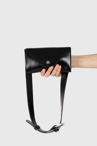 Black vegan leather pouch belt bag1a