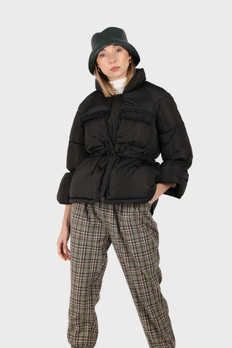 Black patch pocket tie waist puffer jacket1