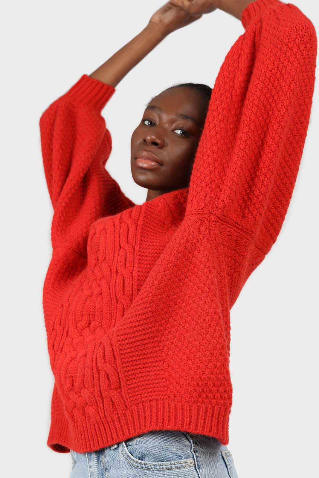 Bright red chunky cable knit balloon sleeved jumper3