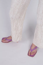 Load image into Gallery viewer, 22042_Ivory brushed velvet flare trousers_MDEBA1