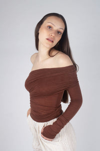 22211_Brown off shoulder long sleeve jersey top_MCSBA1