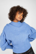 Load image into Gallery viewer, Blue dropped puff sleeved jumper5