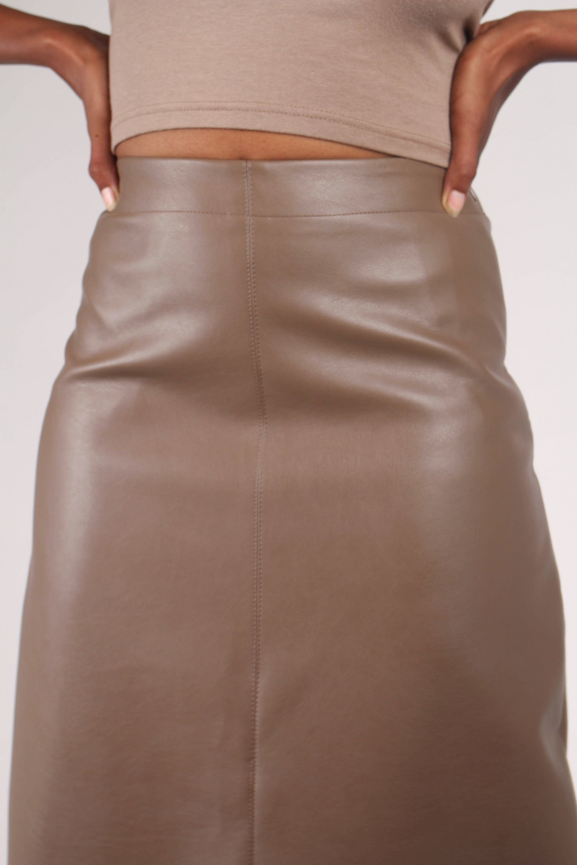 Brown vegan leather A-line skirt_2