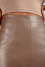 Load image into Gallery viewer, Brown vegan leather A-line skirt_4