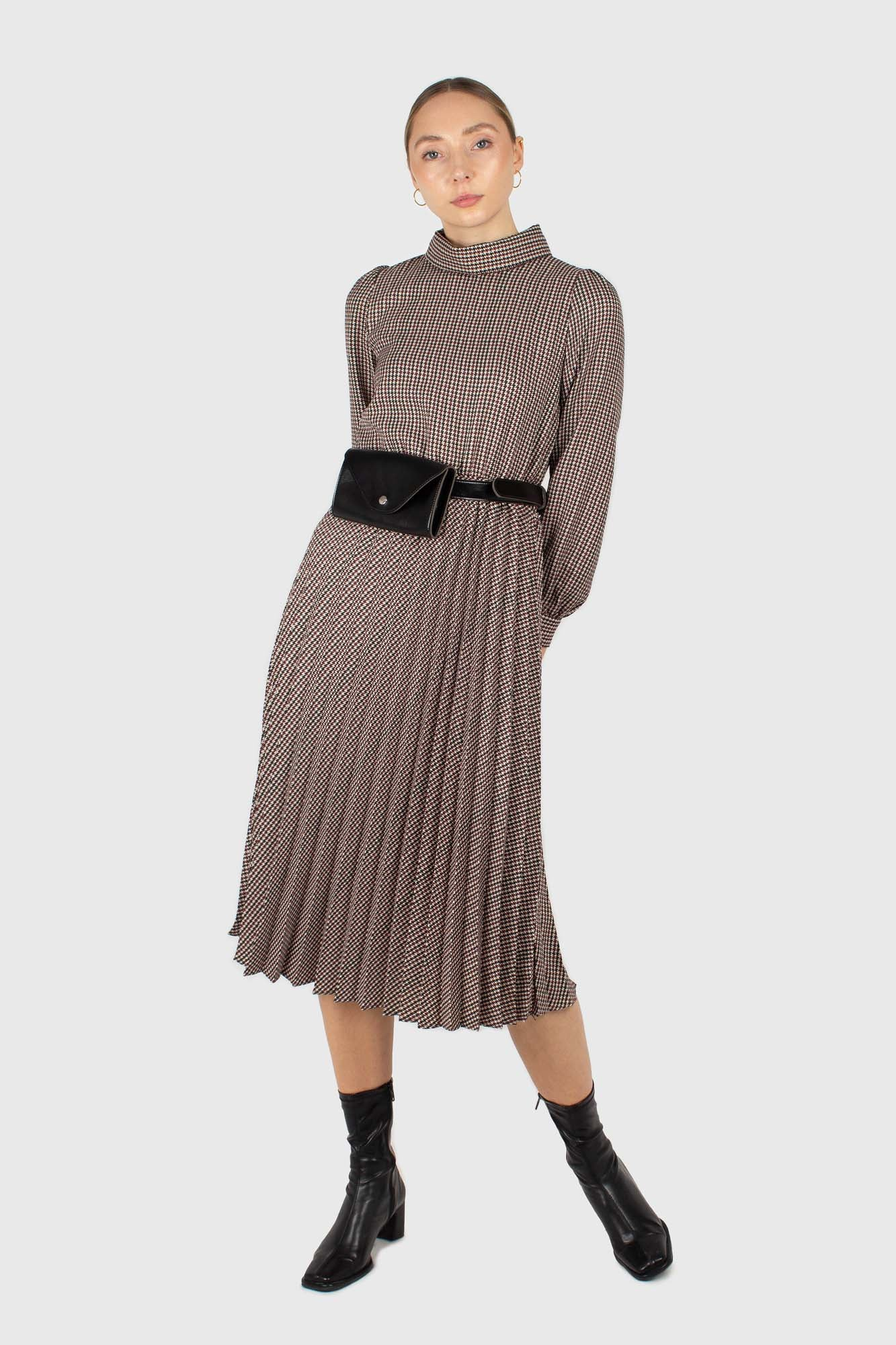 Black and burgundy houndstooth wool belted dress1