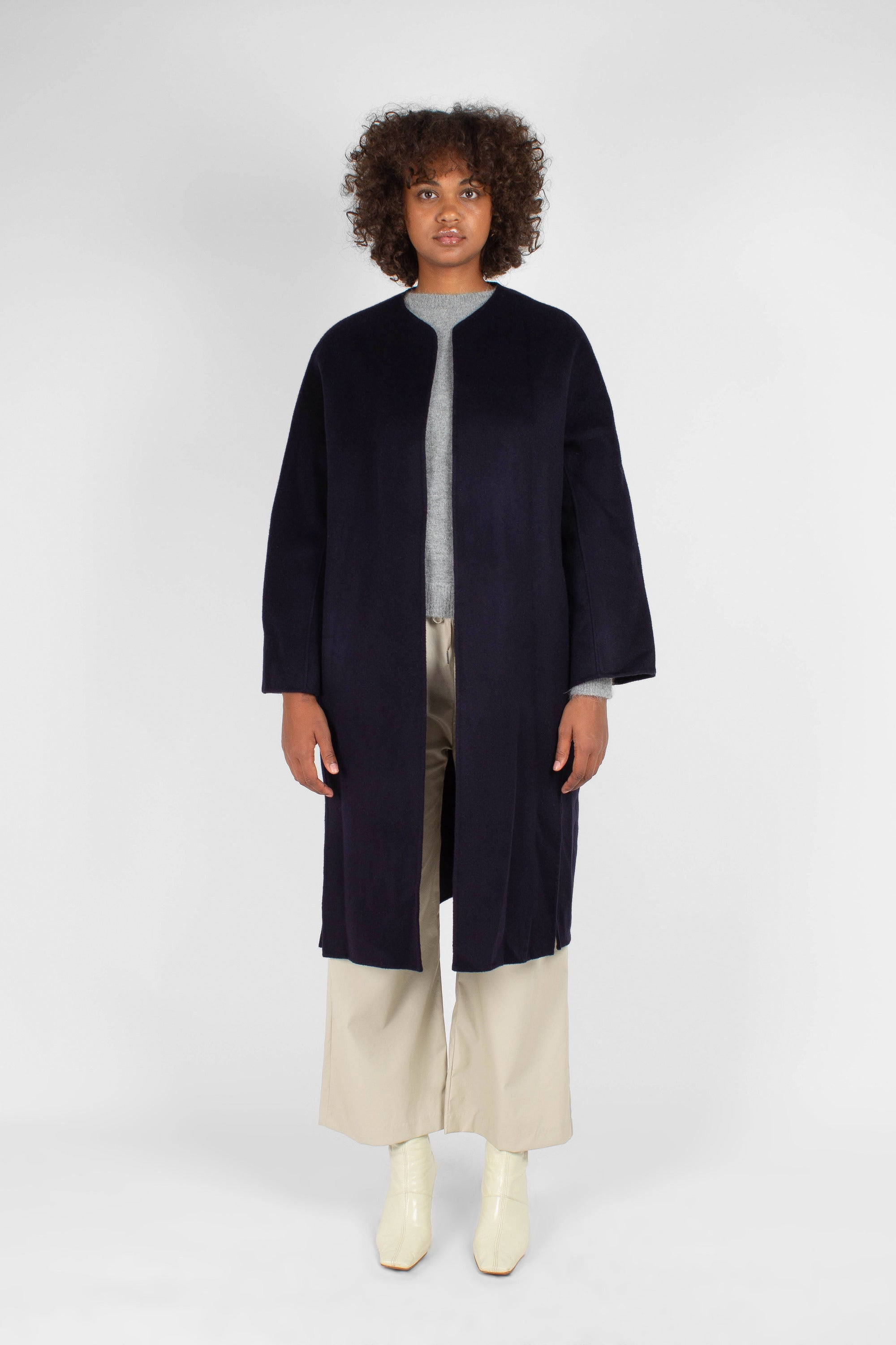 Navy pure cashmere-wool round neck handmade belted coat2