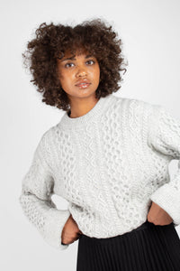 Grey thick wool cableknit jumper1