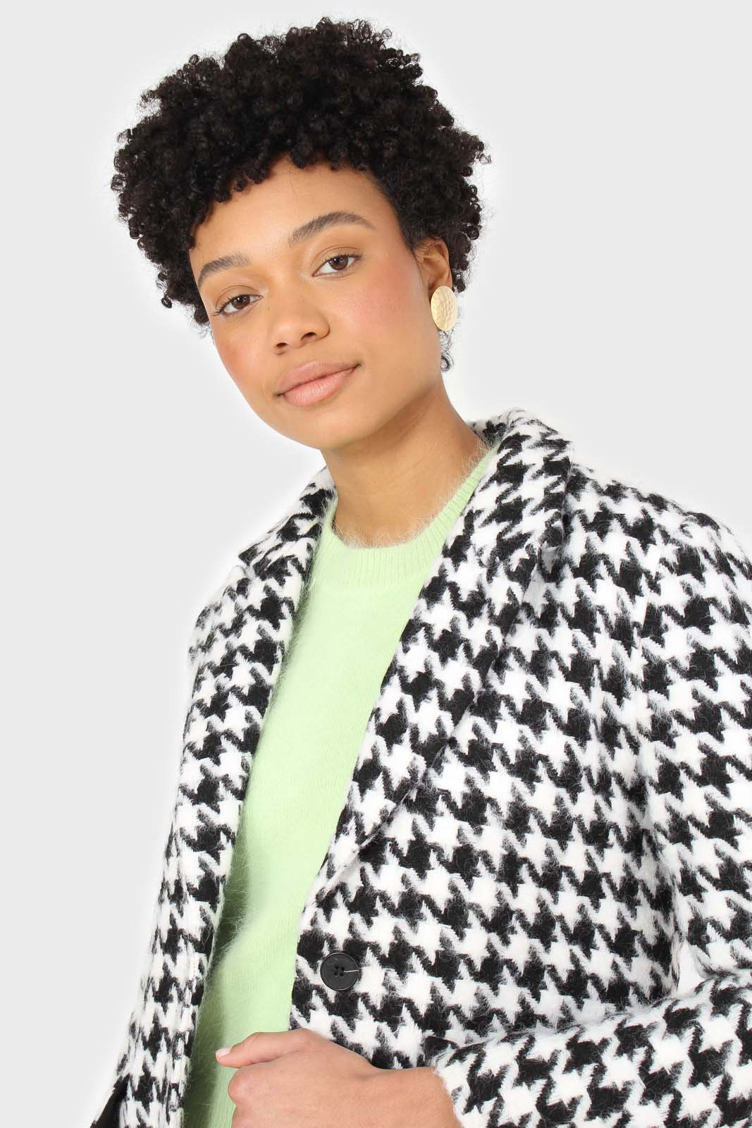 Black and white large houndstooth wool blazer