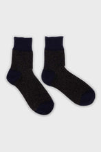 Load image into Gallery viewer, Navy and pink metallic vertical socks2
