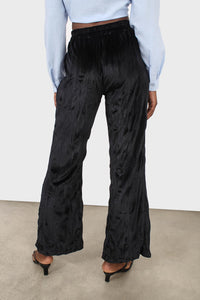 Black wrinkled loose fit trousers3