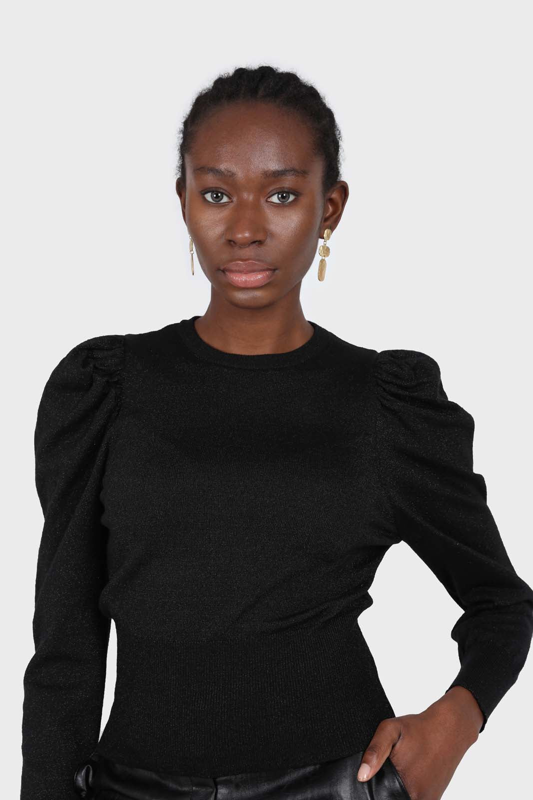 Black glitter balloon sleeve knit top2