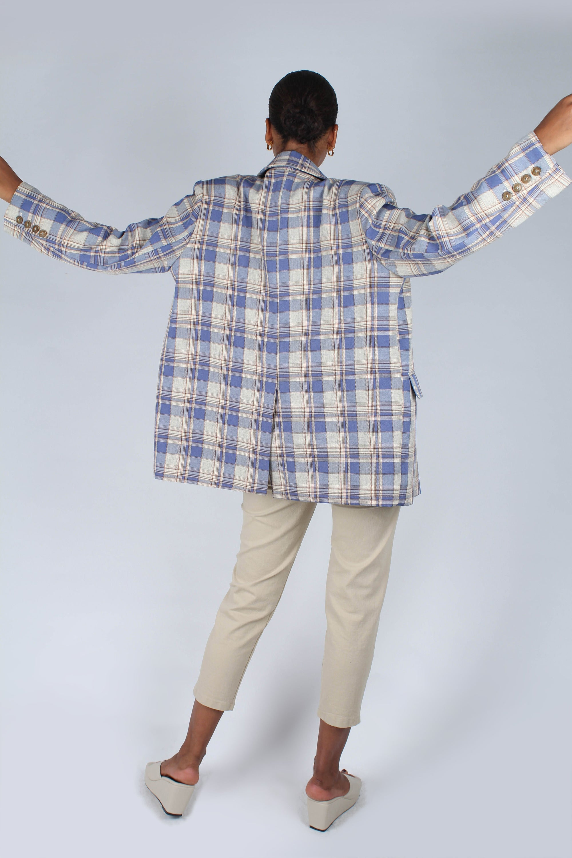 Blue and yellow checked oversized blazer_11