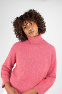 Pink thick angora turtleneck jumper3