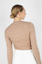 Load image into Gallery viewer, Beige shirring jersey long sleeved top3