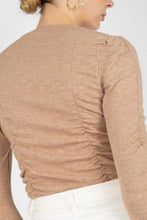 Load image into Gallery viewer, Beige shirring jersey long sleeved top5