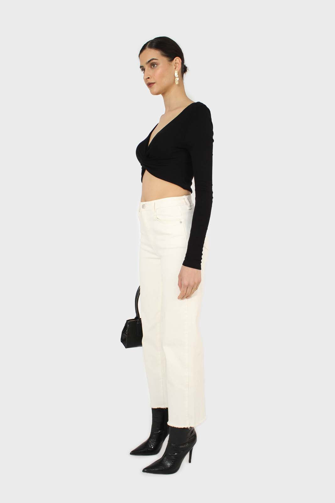 Black twist front long sleeve crop top 2