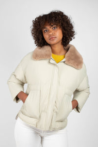 Pale khaki fur collar puffer jacket6